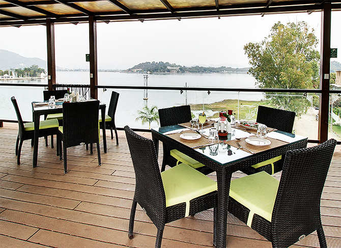 Lakeview Rooftop Restaurants in Udaipur